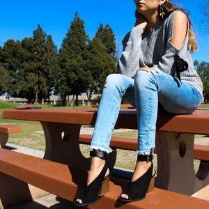 🆕//The Tina// Black vegan suede block heel